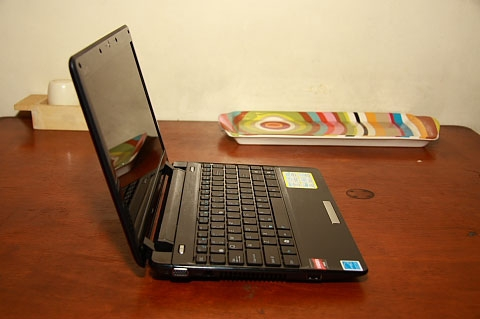 Asus Eee PC 1201T with AMD NEO